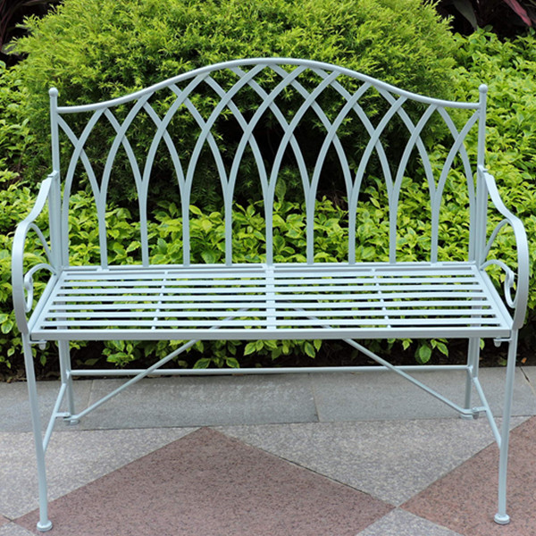 How to choose a perfect wrought iron garden bench triquimex Wrought iron outdoor bench