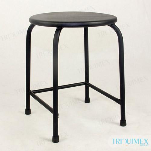 pedestal wrought iron chair