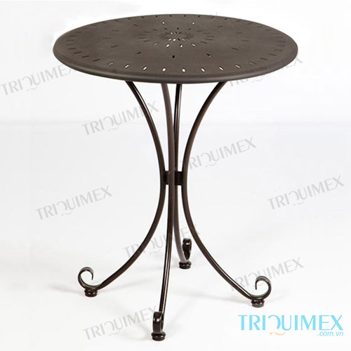 Superbe Wrought Iron Round Table